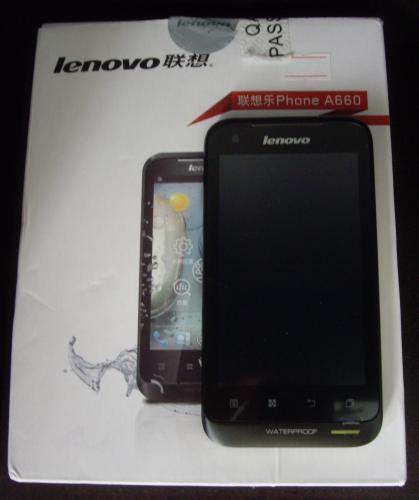 Lenovo A660 sobre su caja