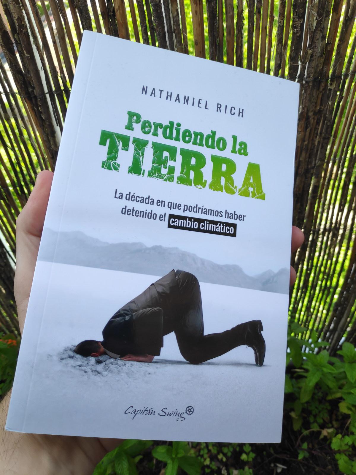 Portada del libro Perdiendo la Tierra