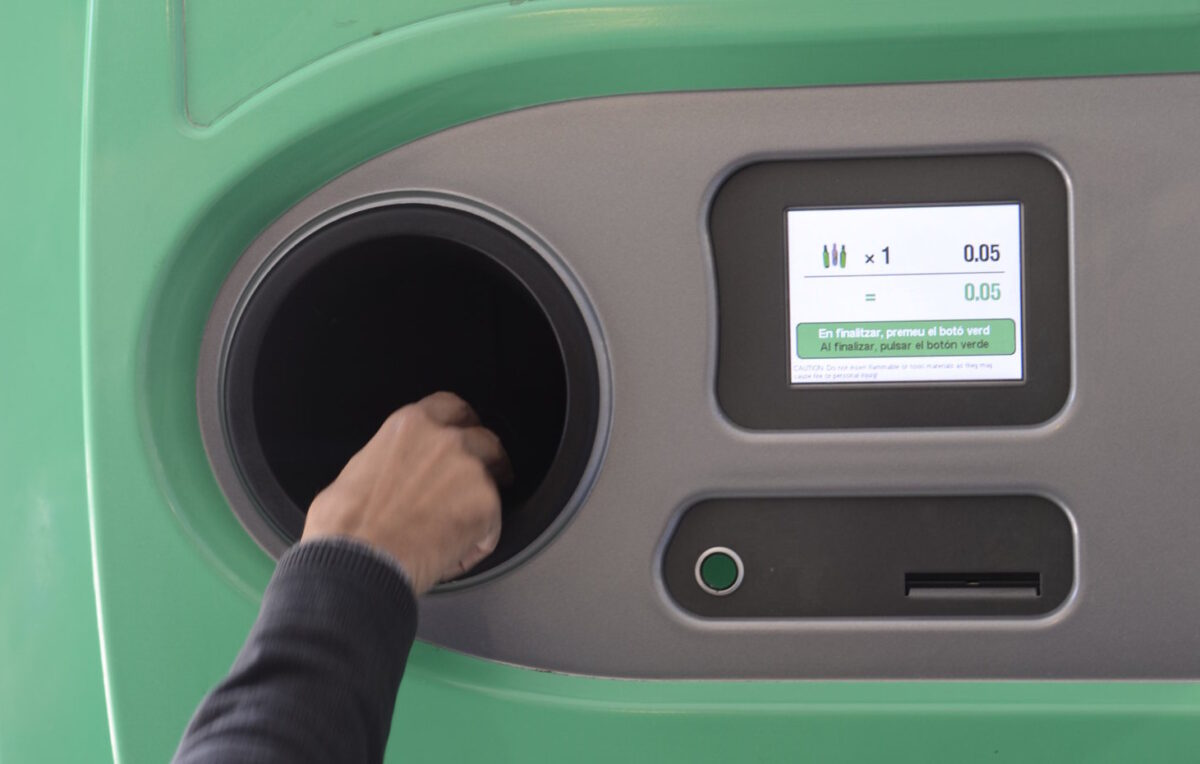 Máquina de retorno de envases
